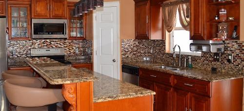 Backplash Installation in Kitchen