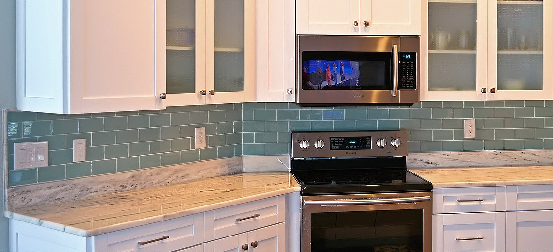 Kitchen Backsplash Install